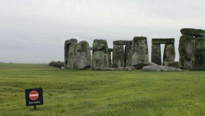 Главные камни Стоунхенджа появились там не благодаря людям