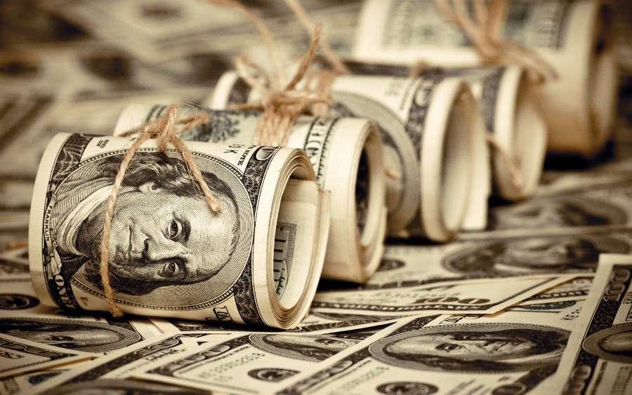 Как ЦБ утоляет долларовую жажду российских компаний