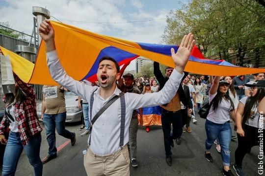 Армения: Пашинян угрожает урегулированию конфликта в Нагорном Карабахе