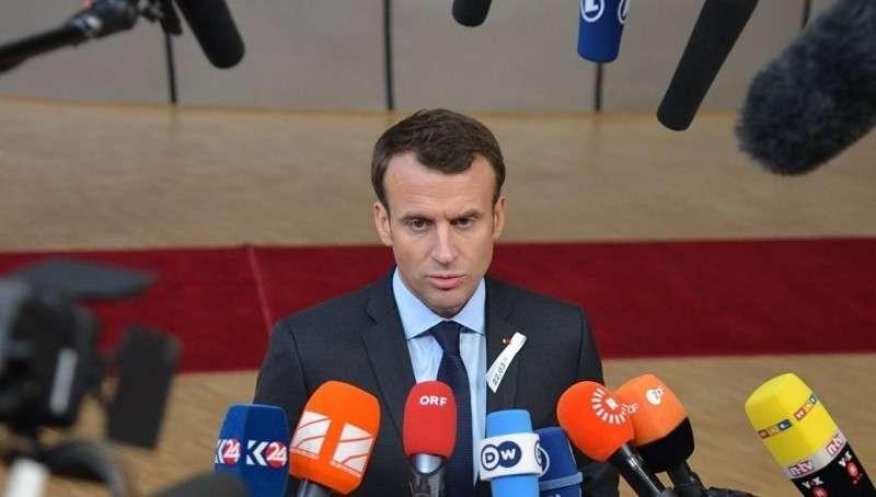 Париж: организаторы протестов считают Макрона марионеткой Трампа, а не Ротшильда