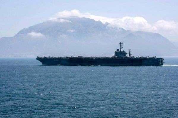 Цель – Сирия: авианосная армада США вошла в Средиземное море