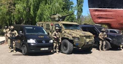 В Одессе бронетехника и вооруженные до зубов сбушники: что происходит в годовщину трагедии