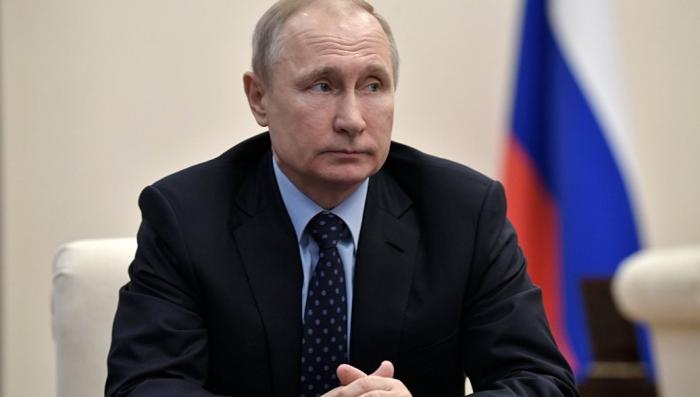 Владимир Путин отправил в отставку десять генералов