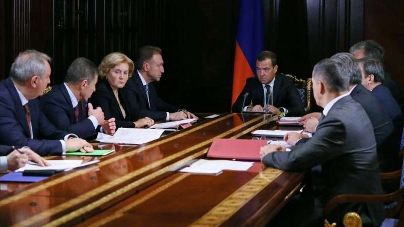 Медведев станет номинальным премьером после инаугурации Президента