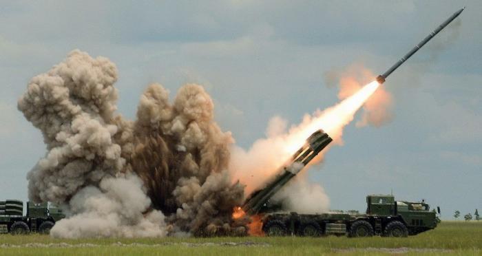 В Москве пообещали вбомбить ВСУ в эпоху Запорожской Сечи, если хунта пойдет в наступление