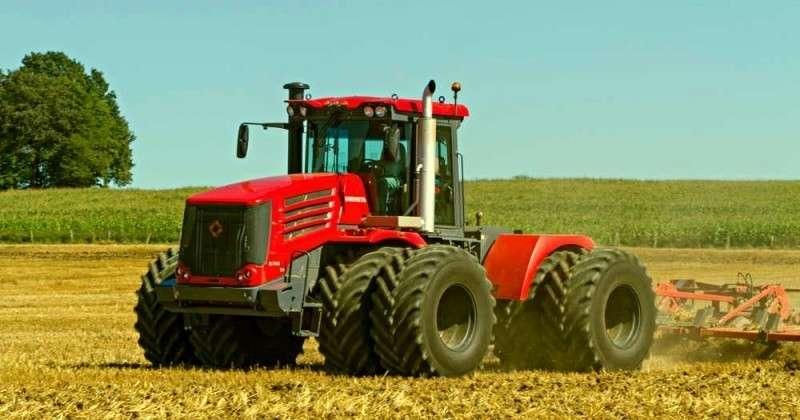 Французы: до санкций, Россия покупала тракторы у нас, а теперь продает свои в США и Европу