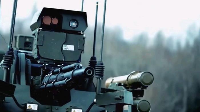 Боевые роботы, «Корсары» и «Терминаторы»: какие новинки покажут на параде Победы
