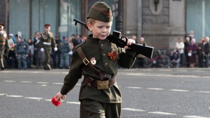 Фальсификация истории: Русским нельзя праздновать День Победы
