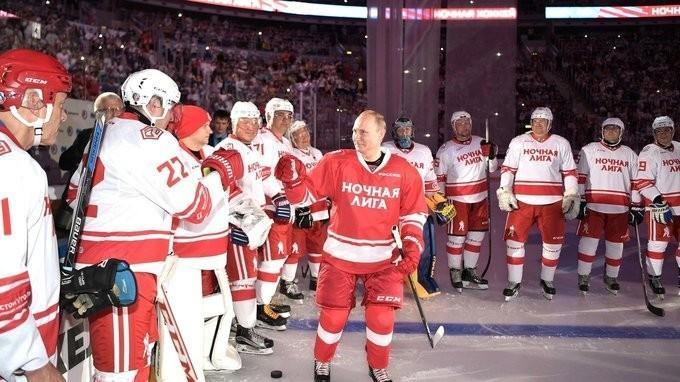 Владимир Путин принял участие вгала-матче Ночной хоккейной лиги