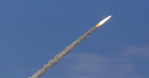 ДНРпоказал запуск ракет, способных уничтожать карателей-нацистов даже вКиеве