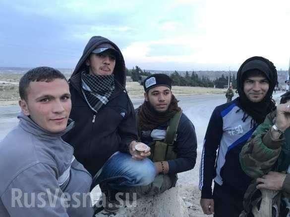 Военкор потроллил наёмников, депортируемых из Растанского котла в Идлиб | Русская весна