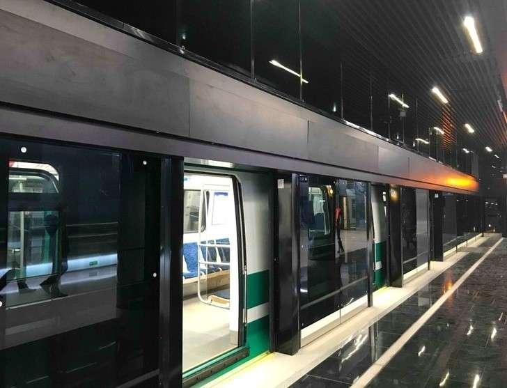 Станция метро «Новокрестовская» вСанкт-Петербурге приняла первых пассажиров