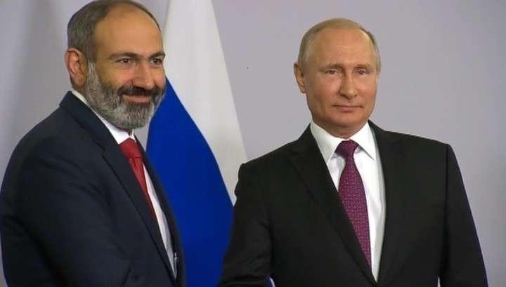 Владимир Путин надеется перевербовать майданщика Пашиняна