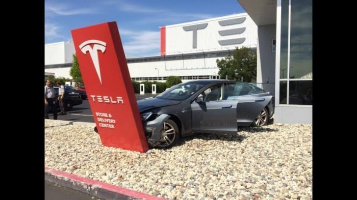 Мошенники из Тесла останавливают производство «Модели 3» из-за брака
