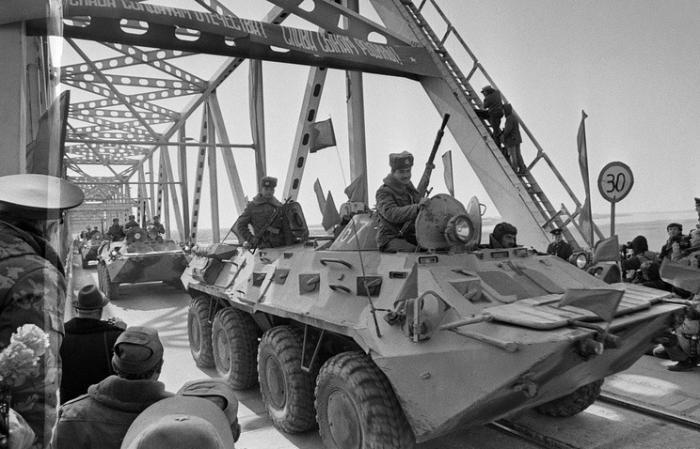 К чему привёл вывод советских войск из Афганистана