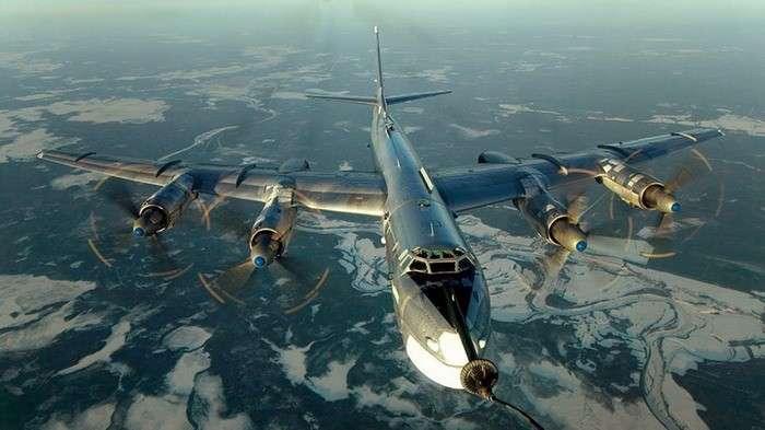 Русские «медведи» начинают и выигрывают: 32 ракеты для США