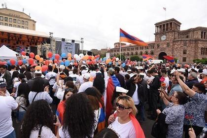 В Армении установлена демократия поэтому все заткнитесь и расходитесь