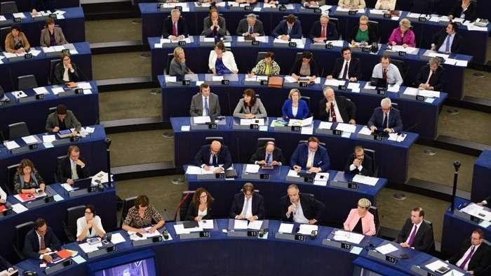 Бодался SWIFT с Европарламентом. Решение отключить российские банки от международной системы расчетов может спровоцировать финансовый коллапс