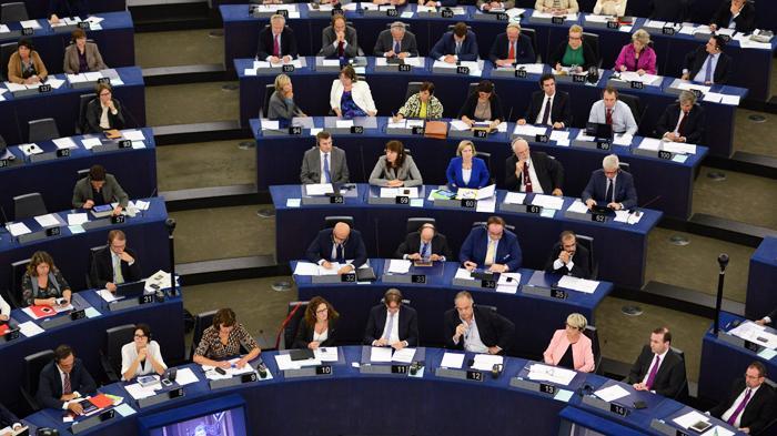 Бодался SWIFT с Европарламентом