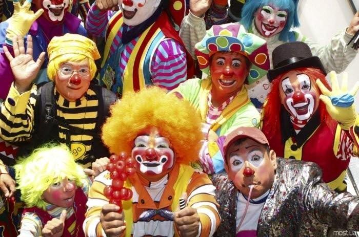 Швеция: «Когда русские выставляют вас клоунами, надо объединяться!»