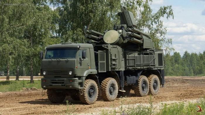 НаКамчатке заступили набоевое дежурство зенитные комплексы «Панцирь»