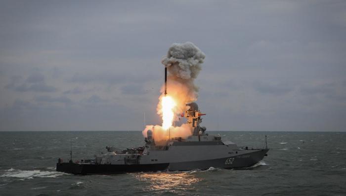 Зачем Россия возвращает в Средиземное море ударную эскадру с «Калибрами»