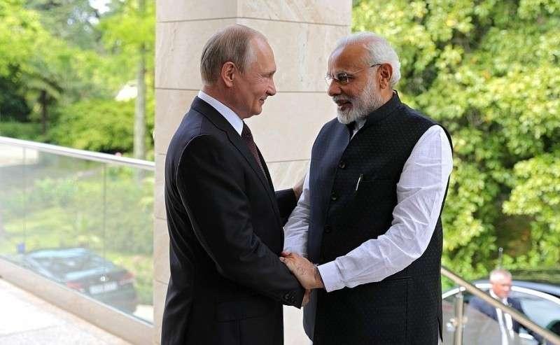 СПремьер-министром Индии Нарендрой Моди.
