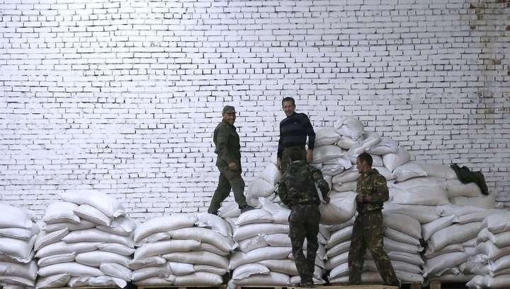 Из Донецка уехал российский гумконвой, в Луганск приехал украинский