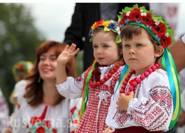 Зомбирование на Украине: детей превращают в чудовищ