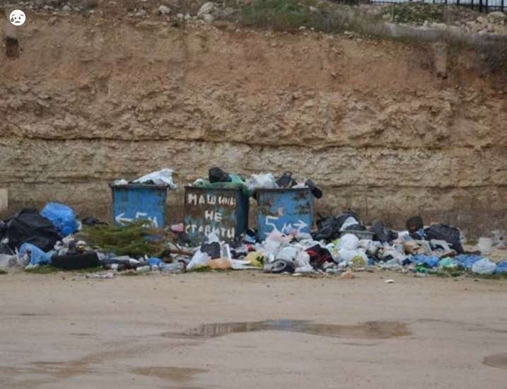 К Севастополю приближается мусорный катаклизм