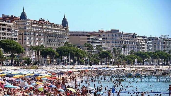 Чиновникам за отдых в «санкционных» странах может грозить увольнение