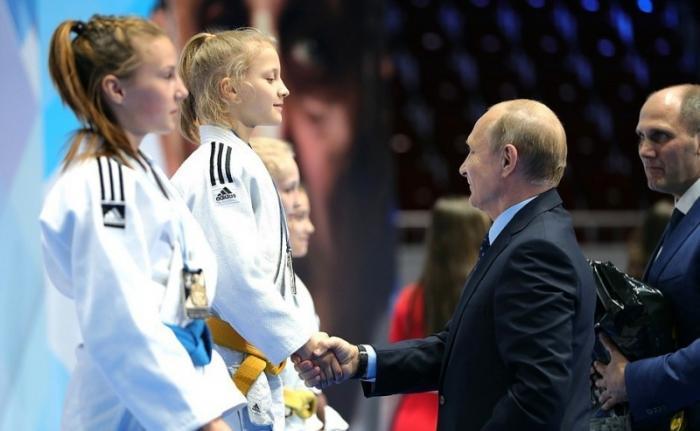 Владимир Путин посетил VI юношеский турнир по дзюдо памяти Анатолия Рахлина