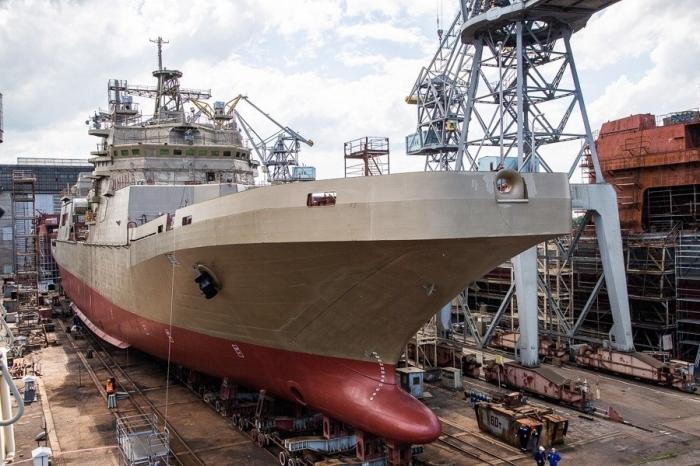 ВКалининграде спущен наводу большой десантный корабль «Пётр Моргунов»
