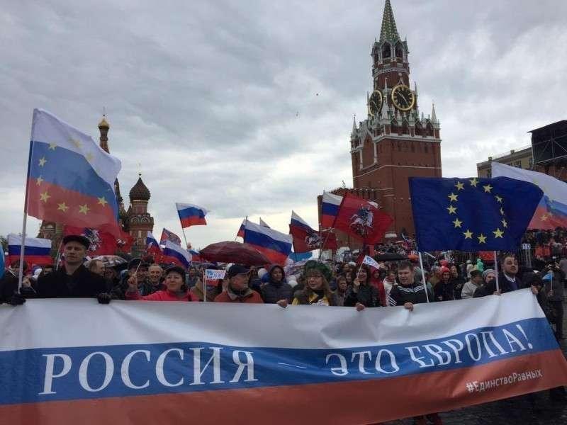 Россия занимает роль шерифа на страже мирового закона
