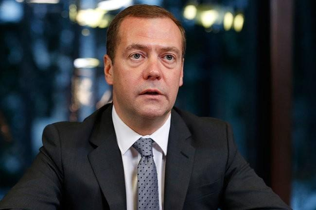 Медведев посетит с официальным визитом Таджикистан