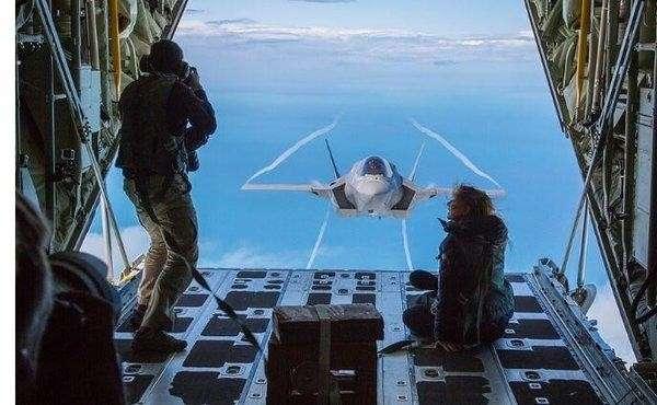 Пентагон бьет тревогу: российские войска в Сирии раскрыли все секреты F-22 Raptor