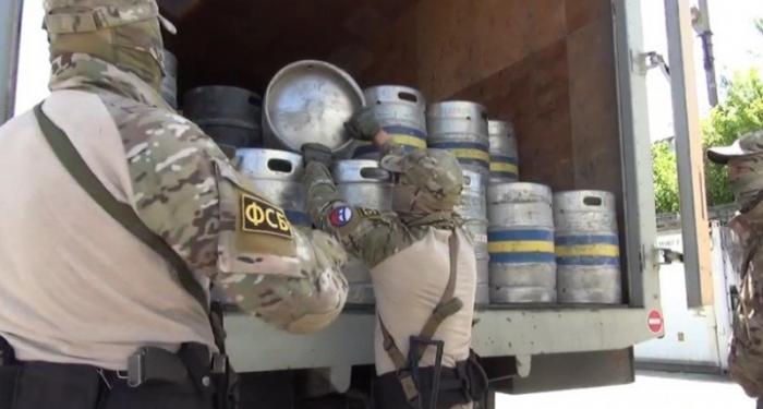 В Крыму ФСБ накрыла банду, производившую «Финскую» водку
