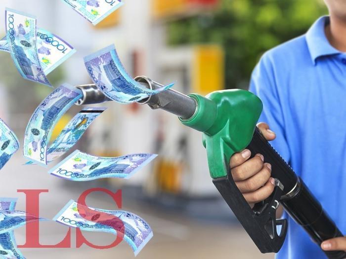 Казахстан запрещает ввоз бензина из России
