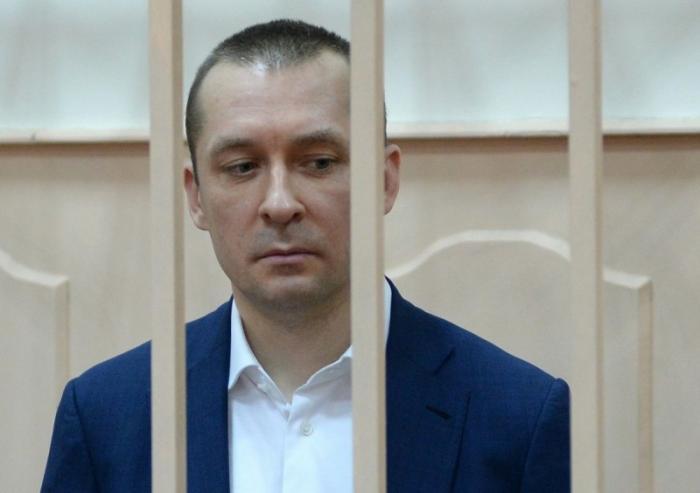 Украли часть арестованных денег полковника Дмитрия Захарченко