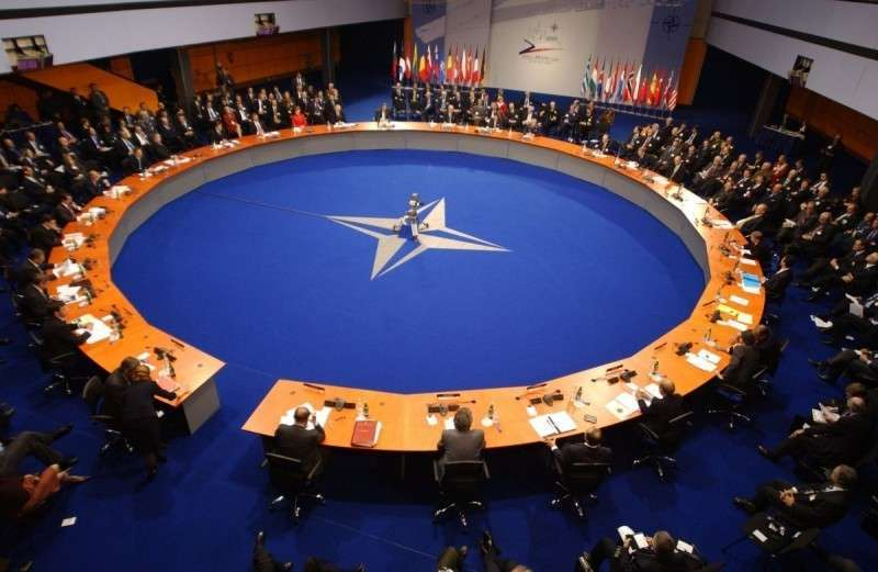 НАТО впервые публично отказалось от роли мирового жандарма