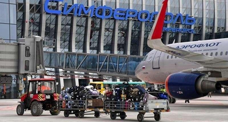 Авиакомпании резко сократили число рейсов в Крым