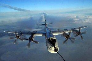 """В США возмущены """"вторжением"""" российских военных самолётов: """"они летели около Аляски"""""""