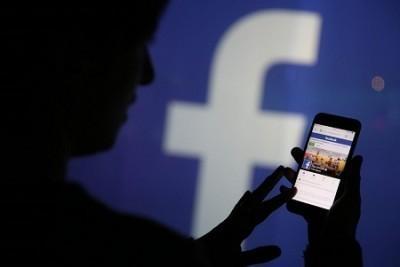 Facebook 10 лет сливал данные пользователей производителям телефонов