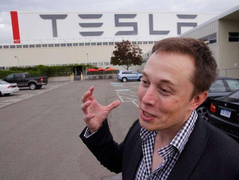 Илон Маск и Тесла бездарно переводит на отходы сотни миллионов долларов