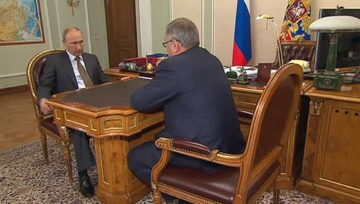 Путин призвал банки России не наносить удар по экономике Украины