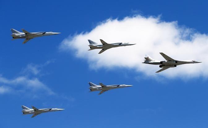 Русский бомбардировщик заставил паниковать Запад еще до первого вылета