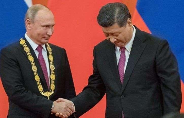 Россия, Китай и ШОС – в красном углу ринга, в синем углу – G7