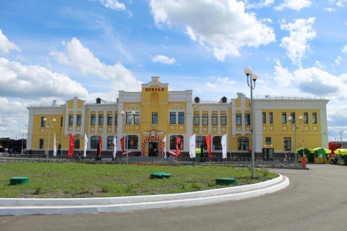 Тамбов: реконструкция железнодорожного вокзала станции «Кирсанов» завершена