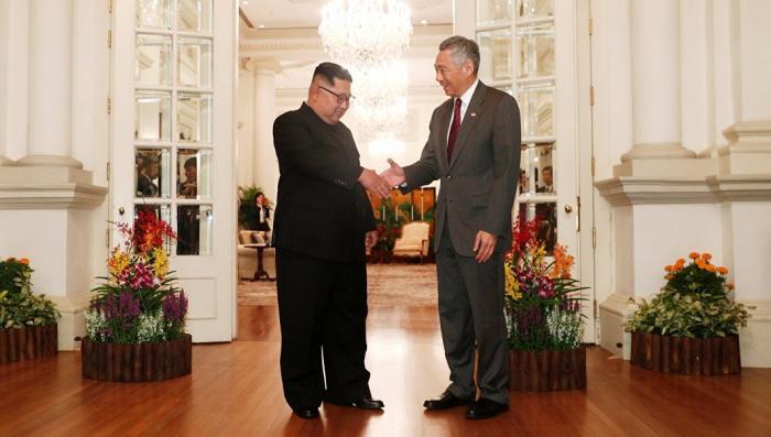 Глава КНДР Ким Чен Ын встретился с премьером Сингапура