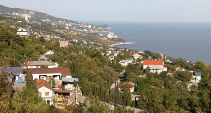 Крым: как поселок на Южном берегу оказался вне закона
